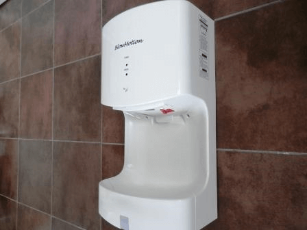 White Blade Cyclone Hand Dryer In Situ