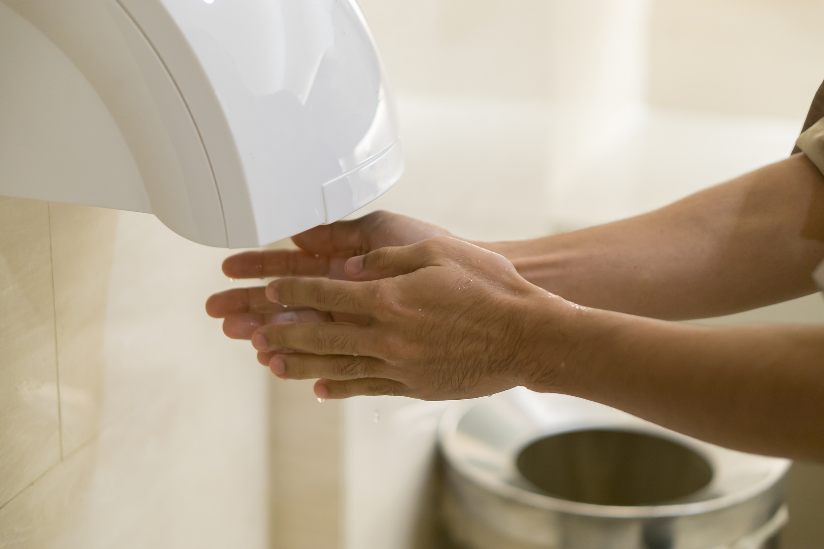 Need help choosing a hand dryer?